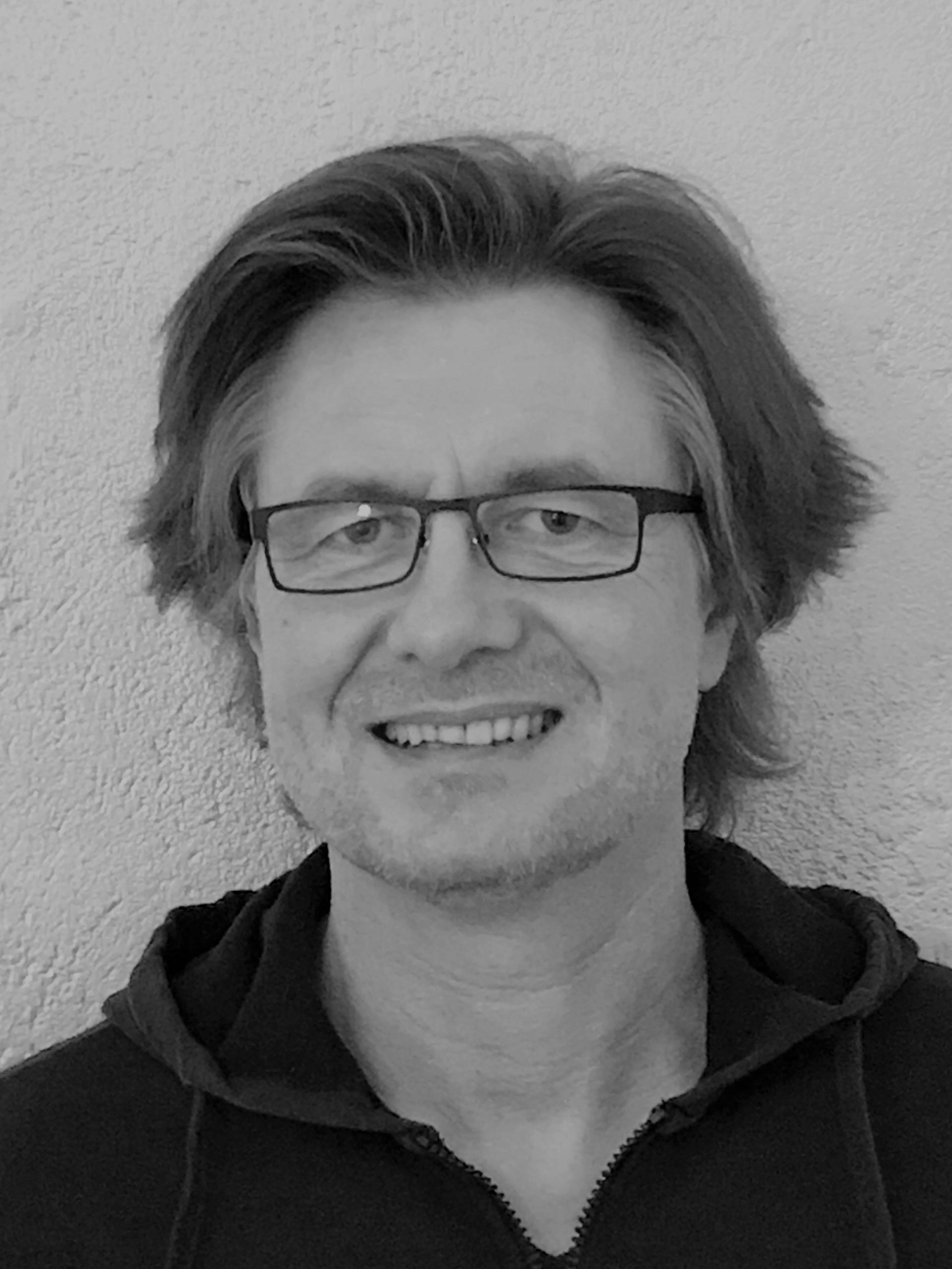 Uwe Thomas